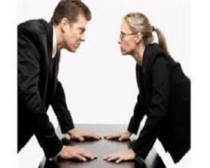 Защо има конфликти между служителите?
