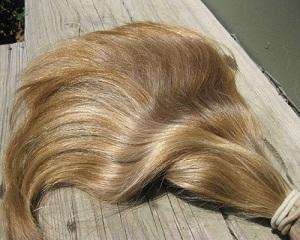 Продаване на коса