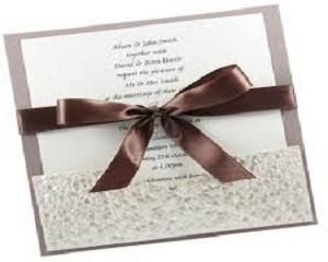 Надомна работа: Изготвяне на сватбени покани