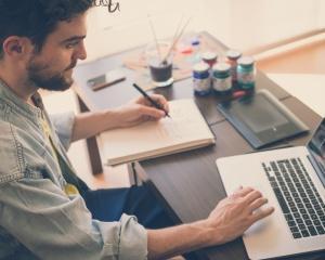 6 начина, по които настоящата Ви работа може да Ви помогне да стартирате бизнес