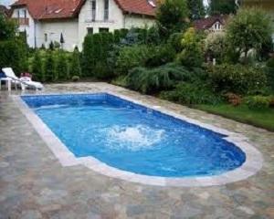 Сезонна работа - построяване на басейни