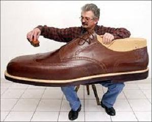 Бизнес с обувки с голям номер