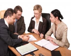 За какво се използва оценяването на служителите?