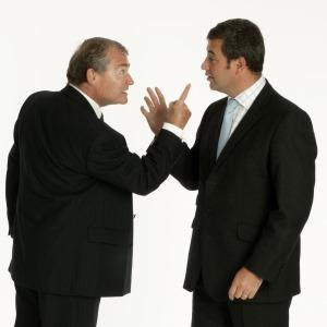 Как да разрешите тези 3 често срещани спора между бизнес партньори