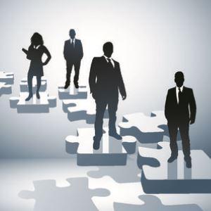 Само броят на фирмите без служители у нас се увеличава