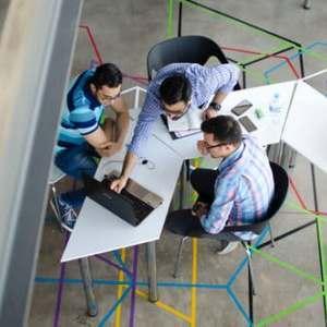 3 предимства на стартирането на бизнес със семейство и приятели