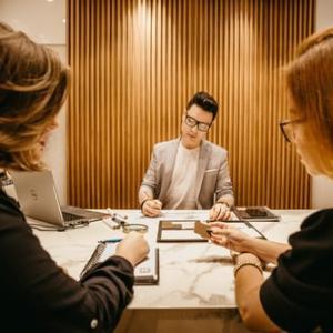 4 типа въпроси, които да зададете на интервюто за работа