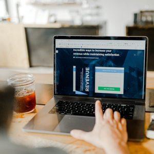 3 проблема, свързани с местоположението на бизнеса и магазините му, които се решават от минаването онлайн