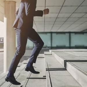 Какво да направите, преди да напуснете работа и да се съсредоточите само върху бизнеса си