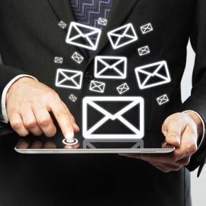 Как да пишете заглавия на имейли така, че те да бъдат отваряни
