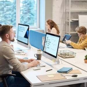 Най-търсените кадри през 2020 г. ще са учители и IT специалисти