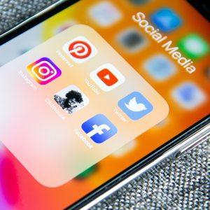 4 начина за изграждане на по-силна връзка с клиентите чрез социалните мрежи