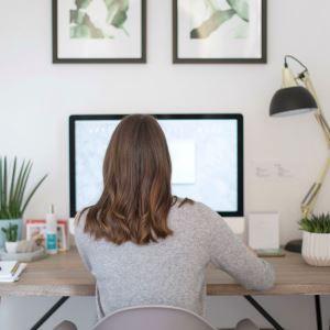 5 странични дейности, които ще Ви носят доходи, докато си търсите нова работа