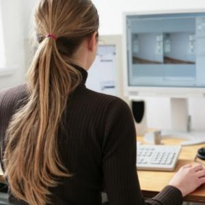 Развиване на собствен бизнес без да напускате работа? Възможно с тези 4 съвета!